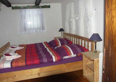 Doppelbett in der Ferienwohnung 1